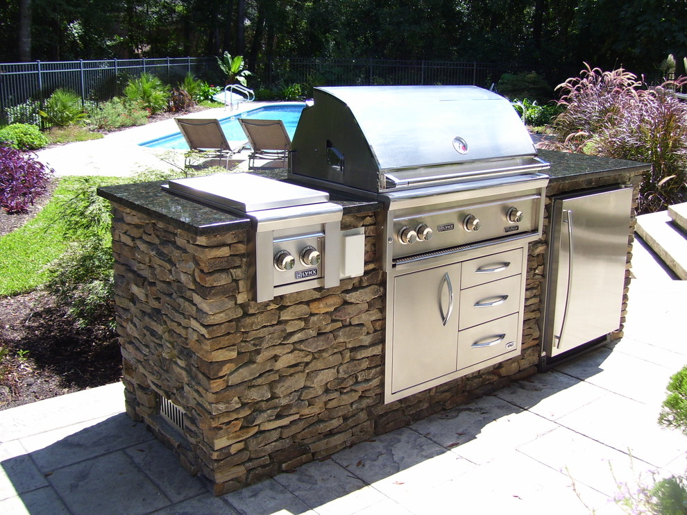 3rs construction recommends outdoor living in salem or for Outdoor grill island ideas